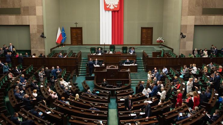 Kiedy Sejm zajmie się projektem ws. zwierząt? Jest odpowiedź