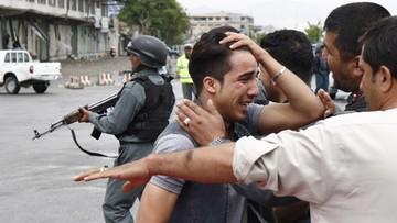 Afganistan: do 64 wzrosła liczba zabitych w zamachu w Kabulu