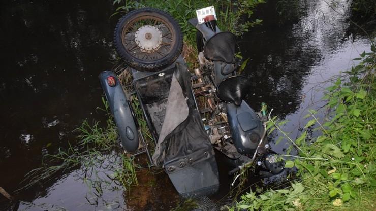 Łódzkie. Z rzeki wyłowiono zwłoki motocyklisty. Okoliczności śmierci mężczyzny wyjaśniają śledczy