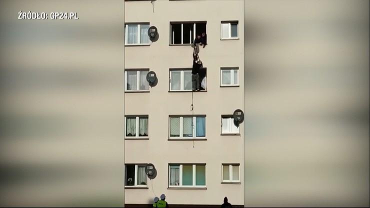 Miastko: uciekał przed policją przez okno. Lina była za krótka