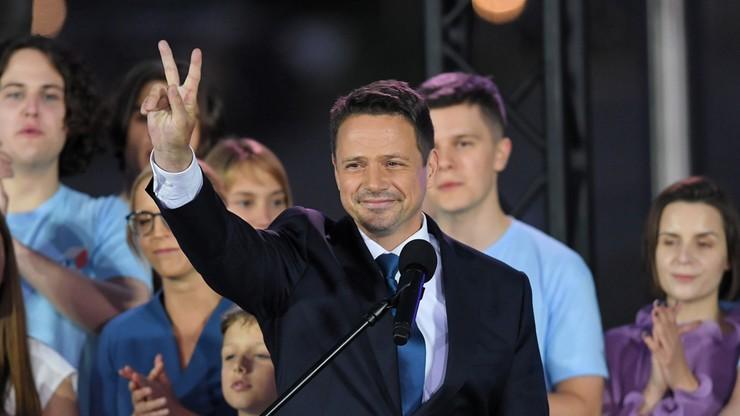 """Trzaskowski pogratulował Dudzie. """"Oby ta kadencja była inna"""""""