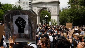 Setki funkcjonariuszy rannych. Policja z Nowego Jorku ujawnia dane o protestach
