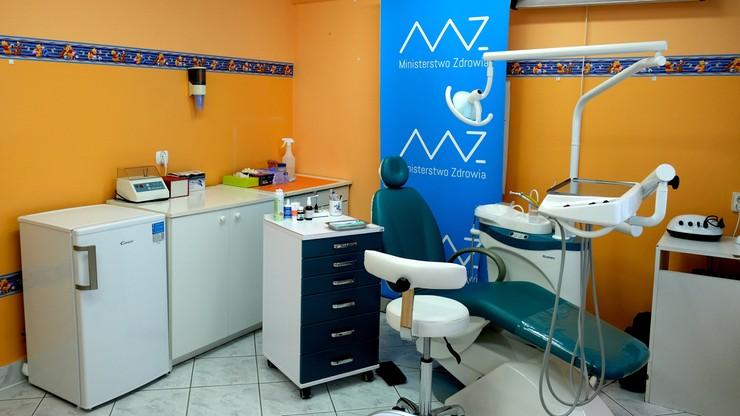 Do szkół wrócą gabinety zdrowia i stomatologiczne. To zapowiedź ministra zdrowia