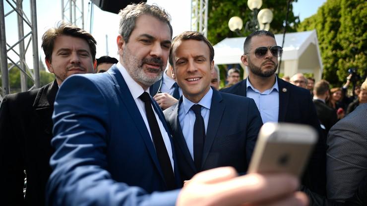 """""""Nie sprzedawać skóry na niedźwiedziu"""". Media ostrzegają Macrona przed zbytnią pewnością siebie"""