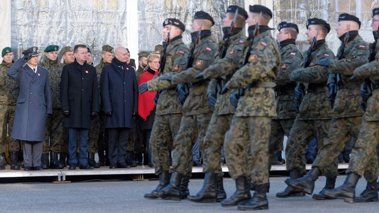 MON przedstawiło projekt rozporządzenia w sprawie podwyższenia uposażeń żołnierzy