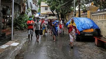 Cyklon Nisarga uderzył w wybrzeże Indii. 100 tys. ewakuowanych
