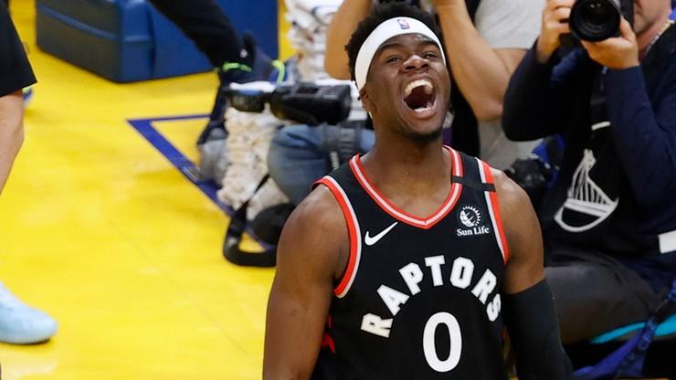 NBA: Mistrzowie Raptors awansowali do play off. Powrót Curry'ego