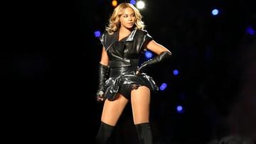 Wpadka na koncercie Beyonce w Warszawie. Piosenkarka musiała zejść ze sceny po drabinie