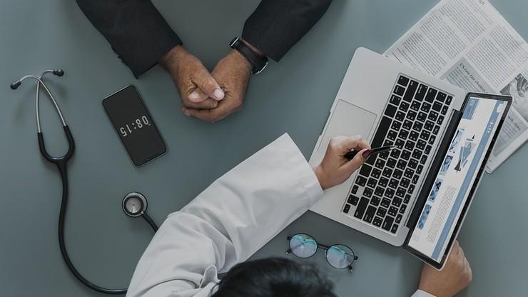 """Lekarze zapowiedzieli """"czarne listy"""" pacjentów. Przyjrzy się temu Urząd Ochrony Danych Osobowych"""