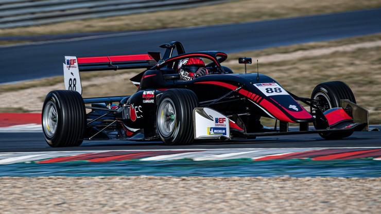 Polak w bolidzie Formuły 3. Filip Kaminiarz w Euroformule Open