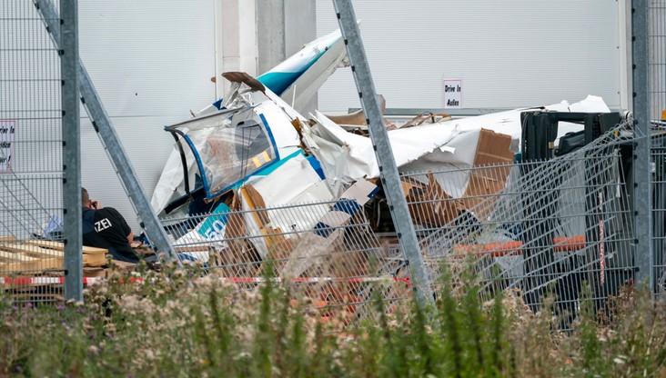 Samolot uderzył w market w południowych Niemczech. Trzy osoby zginęły