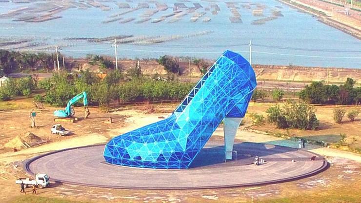 """Tajwan: powstał """"kościół"""" w kształcie… buta"""
