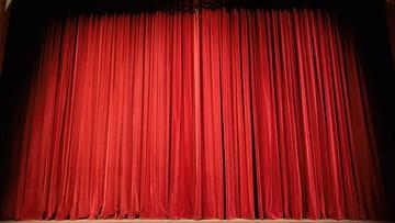 Dyrektor Teatru Bagatela odpowiada na zarzuty pracownic: nigdy nie molestowałem