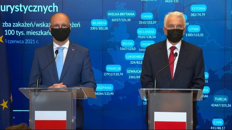 Wiceminister Waldemar Kraska: od północy kwarantanna dla wracających spoza strefy Schengen