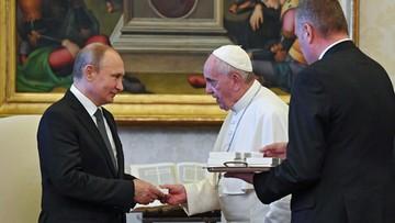 Władimir Putin spotkał się z papieżem Franciszkiem. Spóźnił się godzinę