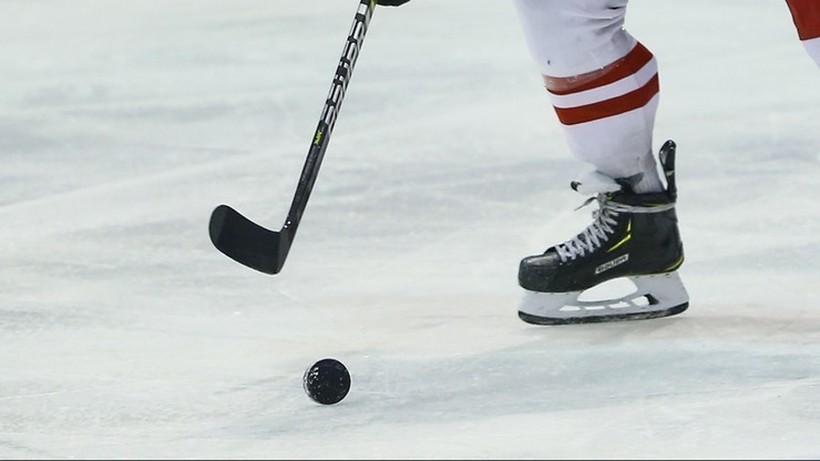 NHL: Kolejny asystent trenera stracił pracę, bo nie chciał się zaszczepić