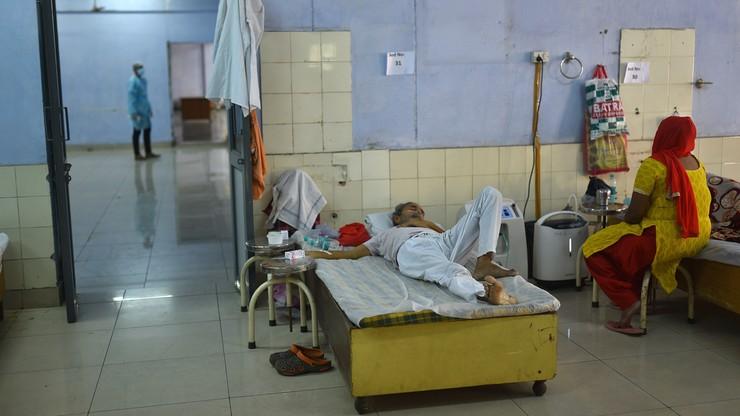 Indie. Rząd nakazał usuwać treści związane z indyjskim wariantem koronawirusa