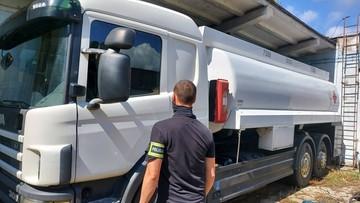 Ukradli 19 tys. litrów paliwa o wartości ponad 200 tys. zł