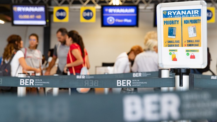 Ryanair odwołuje w środę 150 lotów z i do Niemiec z powodu strajku