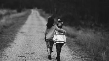 Holandia: opiekunka molestowała co najmniej siedem dziewczynek