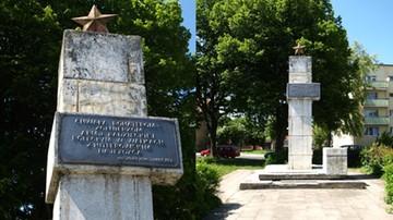 Runął pomnik ku czci Armii Czerwonej w Sławnie