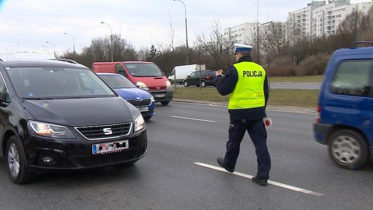 W piątek masowe kontrole na drogach. Policjanci sprawdzą prędkość i trzeźwość