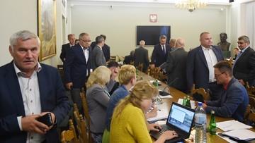 Senatorowie PO opuścili salę podczas prac komisji nad nowelą ustawy o KRS
