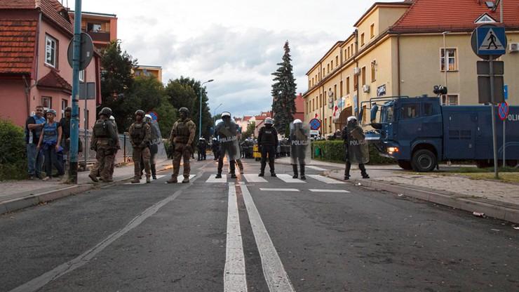 Lubin. Ranni policjanci, 40 zatrzymanych. Zamieszki w związku ze śmiercią 34-latka