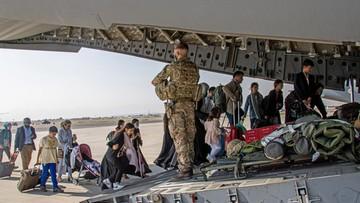 18 tys. ewakuowanych z Kabulu. Tysiące wciąż czekają