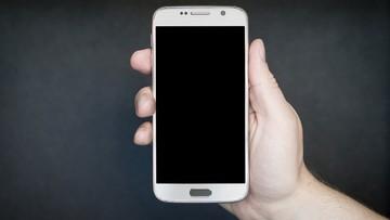 Polacy wśród najbardziej zagrożonych aplikacjami mobilnymi, które kradną pieniądze