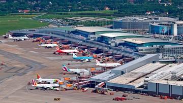 Uchodźcy zablokowali lotnisko w Hamburgu