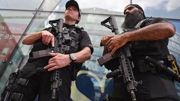 Kontrolowana eksplozja na przedmieściach Manchesteru