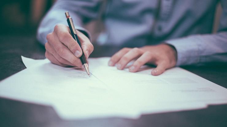 Od stycznia trzeba rejestrować w ZUS umowy o dzieło