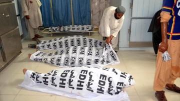 Rośnie bilans ofiar zamachu na wiecu wyborczym w Pakistanie. Ponad stu zabitych