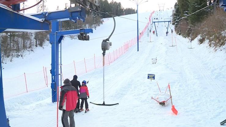 Wypadek na wyciągu w Szczyrku. Poszkodowana narciarka