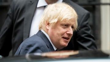 Poleciał do Grecji wbrew zaleceniom rządu. Fala krytyki na ojca premiera