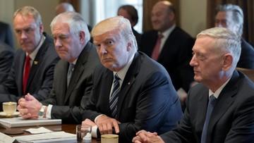"""Rex Tillerson szuka """"świeżego"""" podejścia do Korei Północnej"""