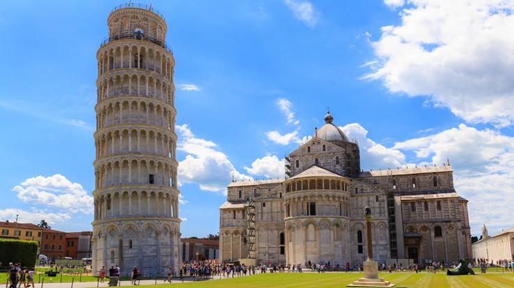 Mieszkańcy włoskiej Pizy w poniedziałek przywitają nowy rok