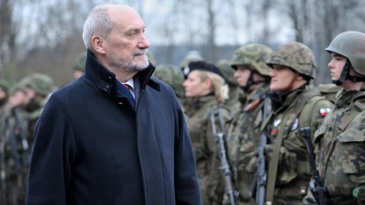 Macierewicz: ze spokojem oczekuję na realizację dostaw pocisków Patriot