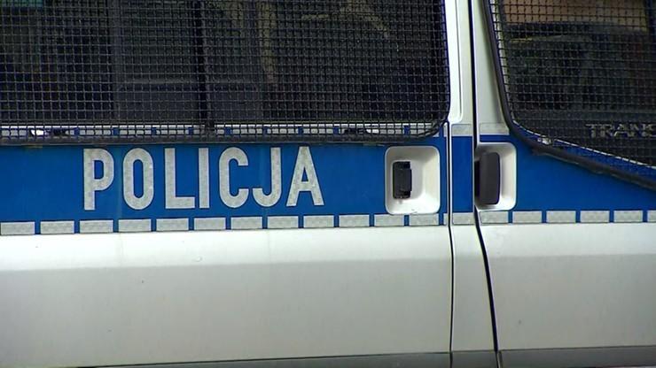 Brutalna interwencja policji w Kłodawie. Funkcjonariusz miał kopać leżącego człowieka