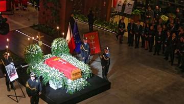 Politycy na pogrzebie Adamowicza. Obecność zapowiedzieli m.in. byli prezydenci i premierzy