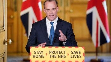 """Wielka Brytania boi się drugiego szczytu epidemii. Restrykcje """"jeszcze przez dłuższy czas"""""""
