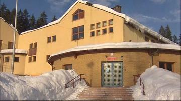Odwołane lekcje i zamknięta szkoła w Istebnej. Uczniowie nie mogli dojechać z powodu śniegu