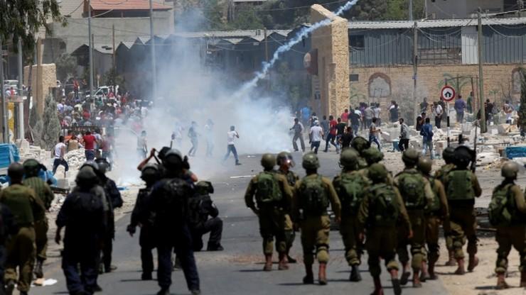 Zamieszki na Zachodnim Brzegu i w Strefie Gazy. 25 osób zostało rannych