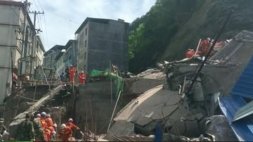 Chiny: zawalił się siedmiopiętrowy budynek. To skutek osunięcia zbocza