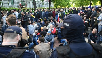 Protest przedsiębiorców pod kancelarią premiera