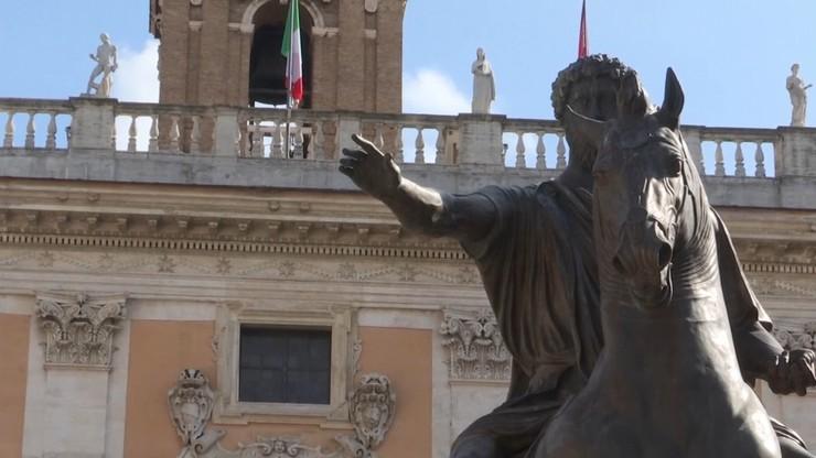 Turyści wracają do Rzymu. Brakuje miejsc w hotelach