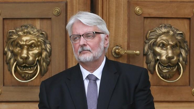 Waszczykowski: UE popełniła błąd kwalifikując rzesze emigrantów jako uchodźców