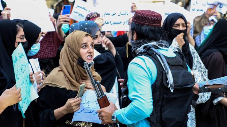 Afganistan. Talibowie zakazują kobietom uprawianie sportu. UE: łamią obietnice