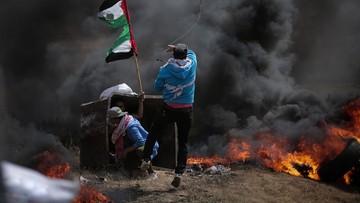 """Premier Izraela nakazuje armii kontynuowanie """"masowych ataków"""" w Strefie Gazy"""